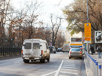 Платные парковки добавили скорости московскому транспорту