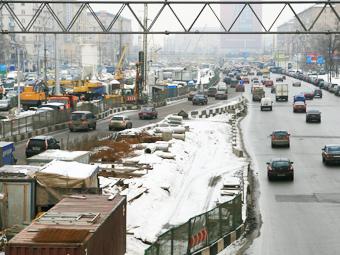 Москва будет строить по 100 километров дорог в год