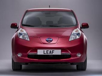 Европейский Nissan Leaf обновился и стал дальнобойнее