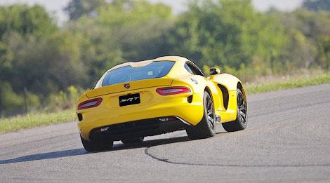 Суперкар SRT Viper получил опциональный спорт-пакет Track Pack. Фото 1