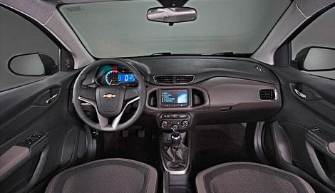 В Бразилии дебютировала компактная модель Chevrolet Prisma. Фото 3