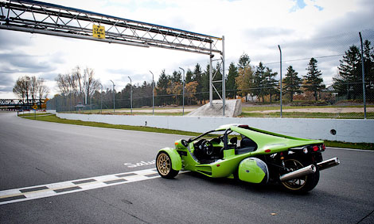 Новая модель компании получит 160-сильный мотоциклетный двигатель. Фото 1