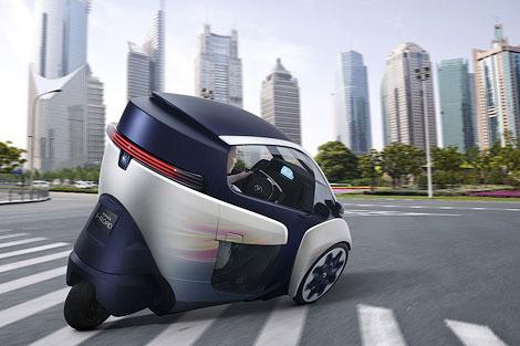 Двухместный автомобиль может проезжать без подзарядки 50 километров