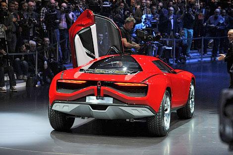 На моторшоу в Женеве дебютировал 550-сильный концепт-кар Parcour. Фото 1