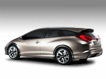 """Хонда"" рассекретила универсал Civic"