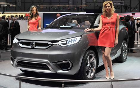 Для кроссовера подготовили 1,6-литровые бензиновый и дизельный двигатели. Фото 2