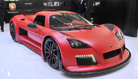 У компании появятся карбоновый суперкар и доступная модель