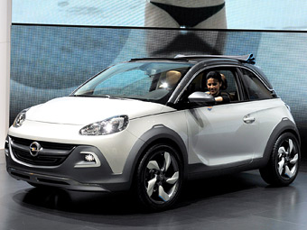 """Opel запустит в серию """"вседорожный"""" Adam"""