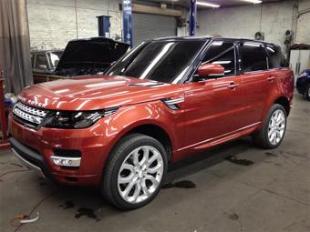 Самый быстрый Range Rover рассекретили до премьеры