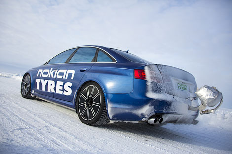 Audi RS6 на шинах Hakkapelitta разогнался до 335,7 километра в час. Фото 1