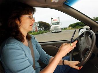 Американцев назвали самыми болтливыми водителями