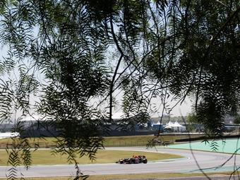 Экклстоун начал переговоры о переносе Гран-при Бразилии