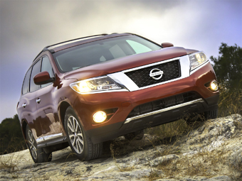 Nissan Pathfinder станет гибридом