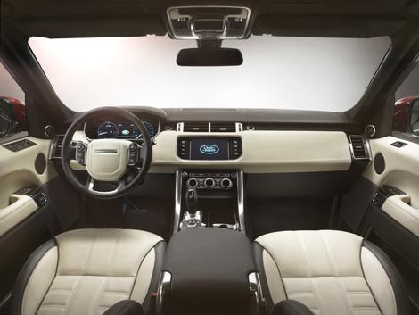 Внедорожник нового поколения получил два бензиновых и два дизельных мотора. Фото 6