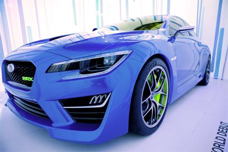 Модель получила новый вариант классического синего цвета кузова. Фото 1