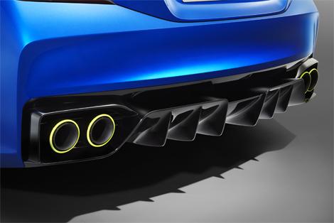 Модель получила новый вариант классического синего цвета кузова. Фото 4