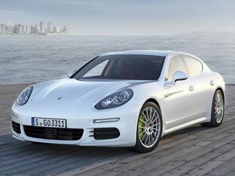 Обновленный хэтчбек Porsche Panamera рассекретили досрочно
