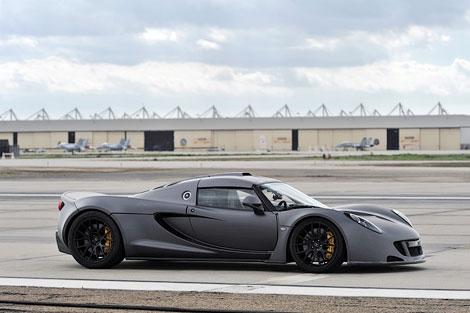 1244-сильный суперкар Venom GT разогнался до 427,6 километра в час. Фото 2