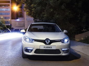 В России начались продажи обновленного седана Renault Fluence