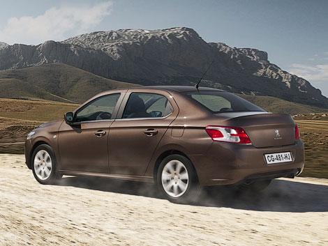 Седан Peugeot 301 предлагается с тремя моторами и в трех комплектациях