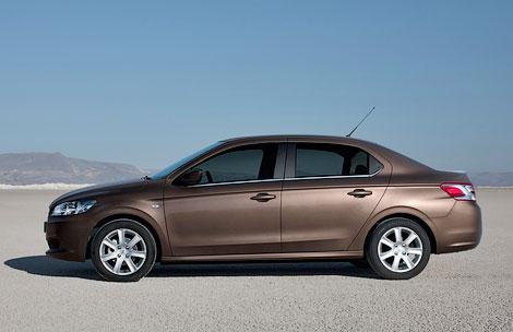 Седан Peugeot 301 предлагается с тремя моторами и в трех комплектациях. Фото 1