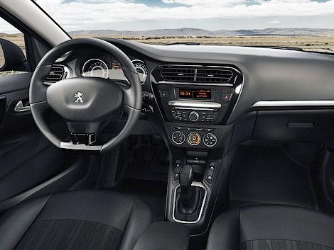 Седан Peugeot 301 предлагается с тремя моторами и в трех комплектациях. Фото 2