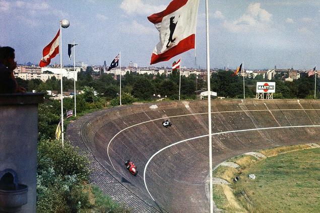 Какие автодромы исчезли из Формулы-1 после первой же гонки. Фото 9