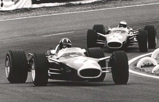 Какие автодромы исчезли из Формулы-1 после первой же гонки. Фото 29