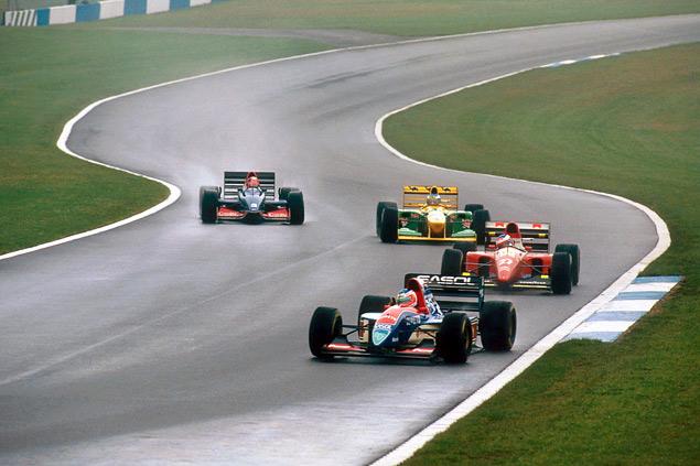 Какие автодромы исчезли из Формулы-1 после первой же гонки. Фото 35