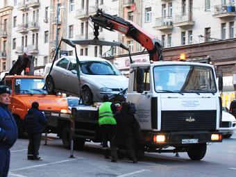 Москва отложила введение платной эвакуации на три месяца