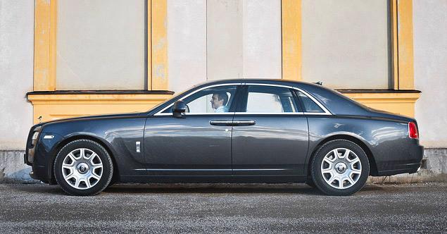Внезапный тест-драйв роскошного седана Rolls-Royce Ghost. Фото 3
