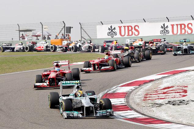 Тактическая битва на Гран-при Китая, которую выиграл Фернандо Алонсо. Фото 2