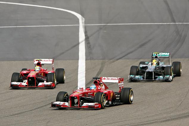 Тактическая битва на Гран-при Китая, которую выиграл Фернандо Алонсо. Фото 3