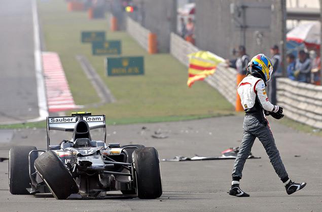 Тактическая битва на Гран-при Китая, которую выиграл Фернандо Алонсо. Фото 5