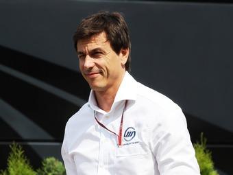 Совладелец команды Mercedes AMG избавится от акций Williams