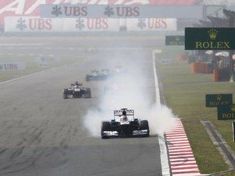 Болиды Формулы-1 с турбодвигателями станут медленнее на пять секунд