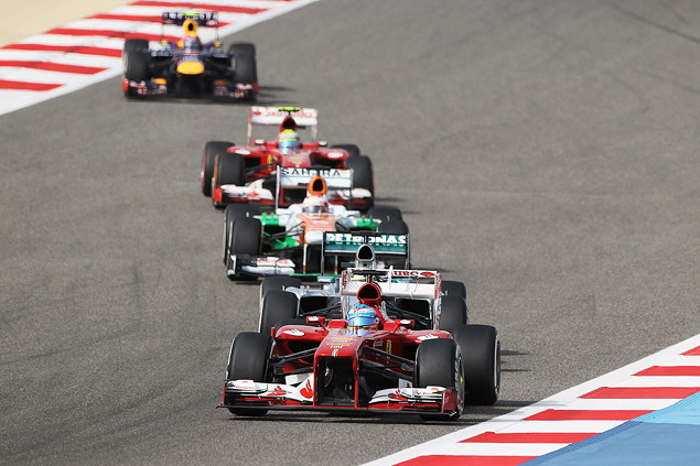 Подиум Гран-при Бахрейна полностью повторил прошлогодний. Фото 1