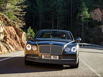 """В Bentley решили создать """"четырехдверное купе"""""""