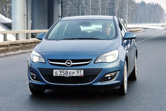 """Длительный тест Opel Astra: почему """"Астра"""" в России продается лучше, чем """"Гольф""""?. Фото 3"""