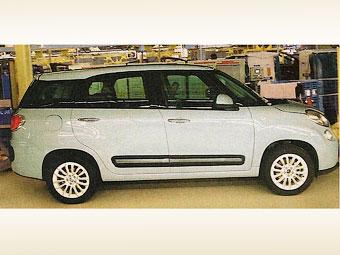 Первая фотография семиместного Fiat 500 попала в Сеть