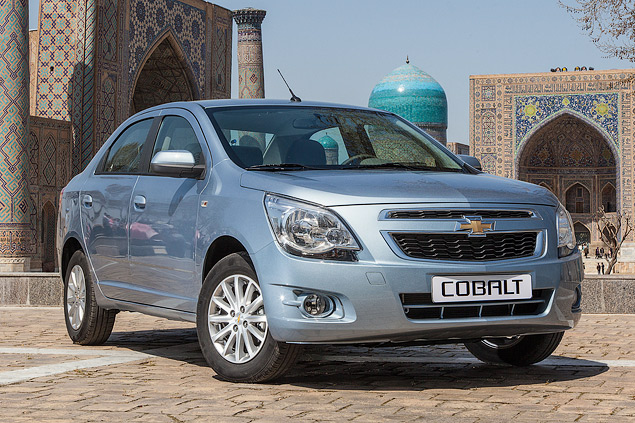 Проверяем бюджетный седан Chevrolet дорогами Узбекистана