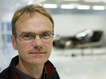 """Новыми """"Теслами"""" займется создатель суперкара Aston Martin One-77"""
