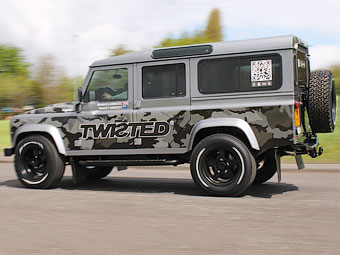 Британцы оснастили Land Rover Defender мотором V8