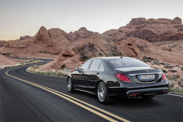 "Mercedes-Benz представил седан S-Class с ""магической"" подвеской. Фото 8"