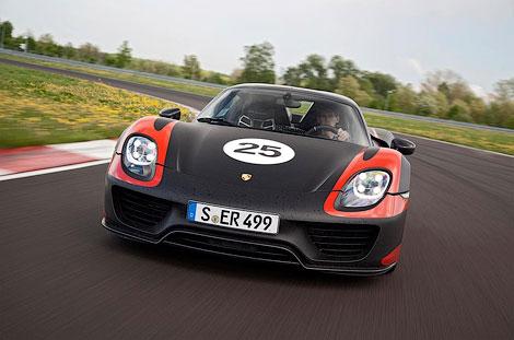 Модель 918 Spyder получит активную аэродинамику и полноуправляемое шасси. Фото 1