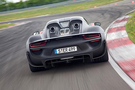 Модель 918 Spyder получит активную аэродинамику и полноуправляемое шасси. Фото 3
