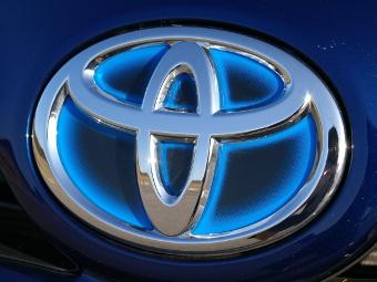 Toyota заплатит за дефектные машины 23 миллионам человек