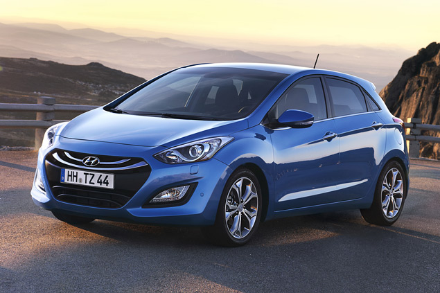 """Длительный тест Opel Astra: конкуренты из """"гольф-класса"""" и подсчет расходов. Фото 8"""