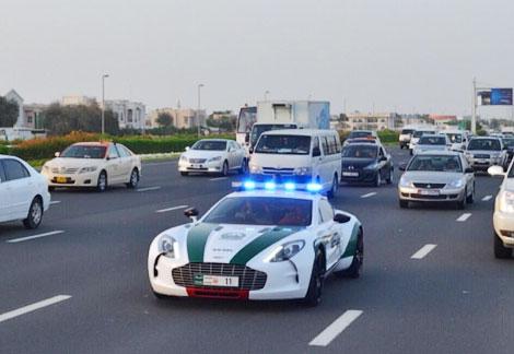 Полицейские обзавелись седьмым по счету суперкаром
