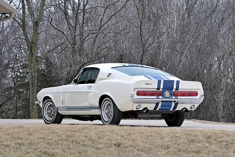 Shelby GT500 Super Snake продали за 1,3 миллиона долларов. Фото 2